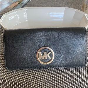 Michael Kors Fulton wallet uc